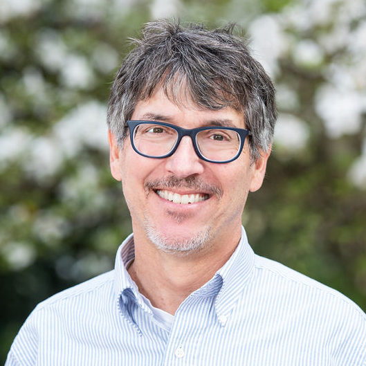, UW professor and Clean Energy Institute director Daniel Schwartz wins highest U.S. award for STEM mentors